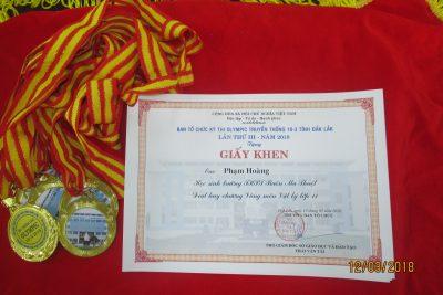 Khen thưởng cuộc thi Olympic 10/3 Đắk Lắk lần 3_2017.2018